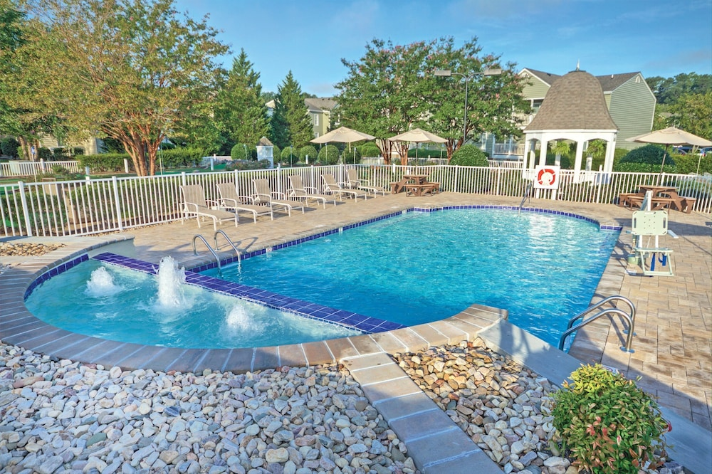 Outdoor Pool, Club Wyndham Kingsgate