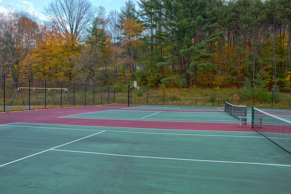 Tennis Court, Holiday Inn Club Vacations Mount Ascutney Resort