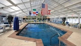 Colonial Acres Resort - West Yarmouth Hotels