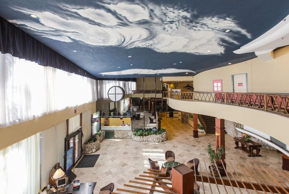 Days Hotel By Wyndham Thunderbird Beach Resort Reviews Photos Rates Ebookers