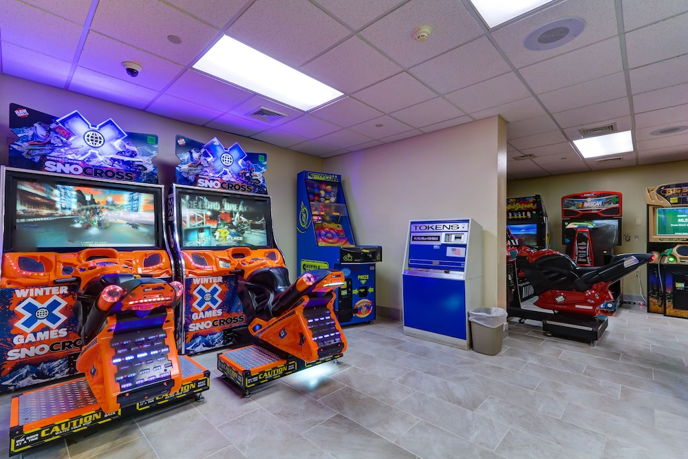 Game Room, Chateau Resort & Conference Center