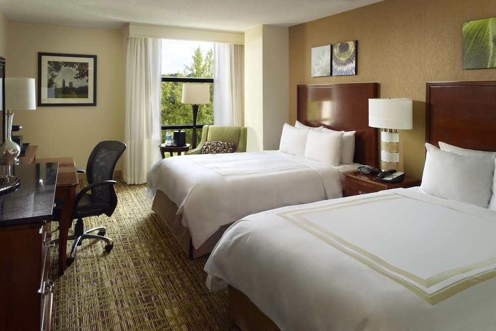 Room, Atlanta Marriott Alpharetta