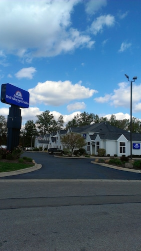 Great Place to stay Americas Best Value Inn and Suites Sunbury/Delaware near Sunbury