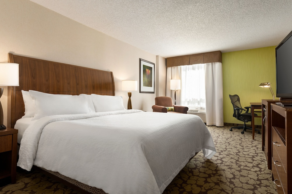 Room, Hilton Garden Inn Saskatoon Downtown