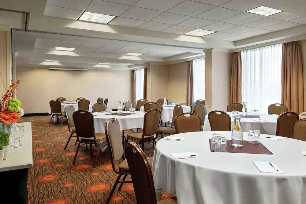 Meeting Facility, Hilton Garden Inn Saskatoon Downtown