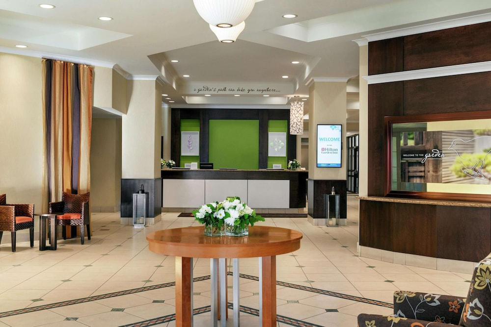 Reception, Hilton Garden Inn Saskatoon Downtown