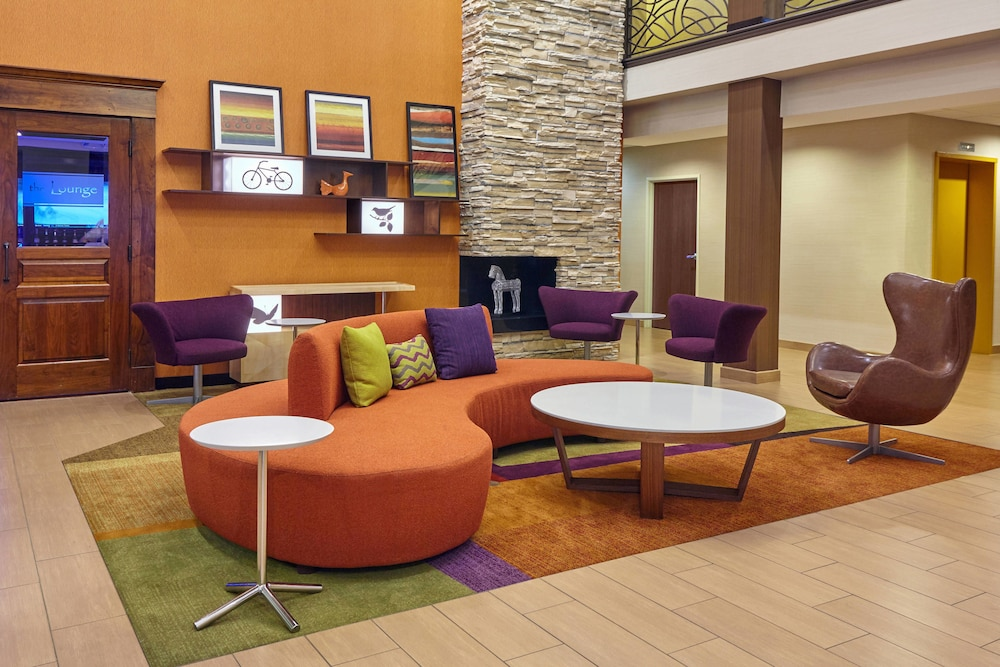 Featured Image, Fairfield Inn & Suites by Marriott Lombard