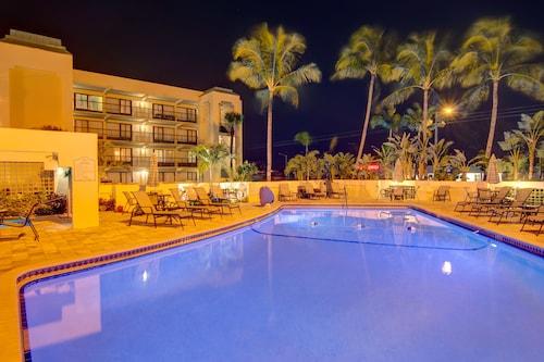 Mizner Park Accommodation Au 102 Hotels Near Mizner Park Wotif