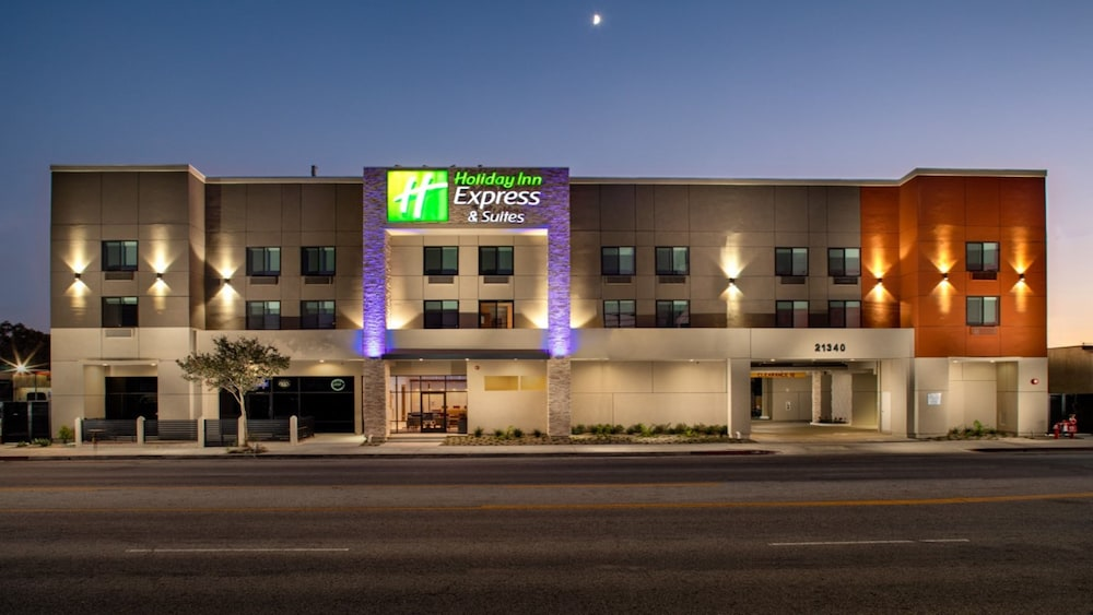 Featured Image, Holiday Inn Express & Suites Chatsworth, an IHG Hotel