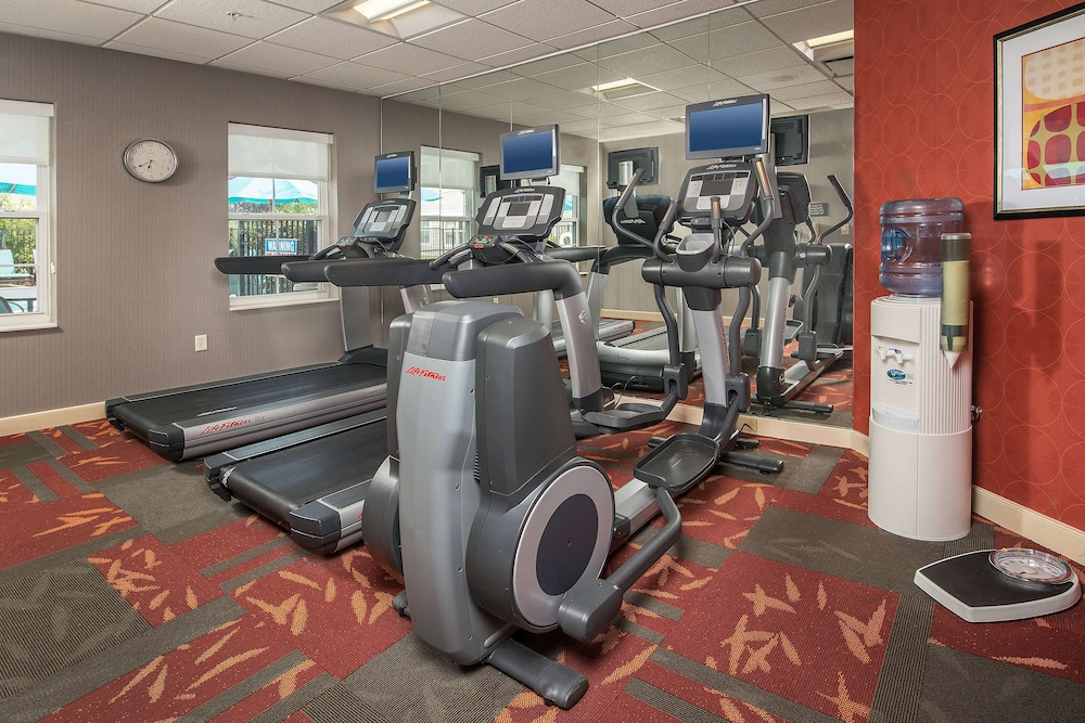 Fitness Facility, Sonesta ES Suites Charleston