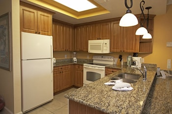 Grand Villa, 1 Bedroom - In-Room Kitchen