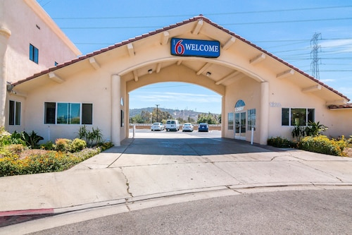 Great Place to stay Motel 6 Los Angeles - South El Monte, CA near South el Monte