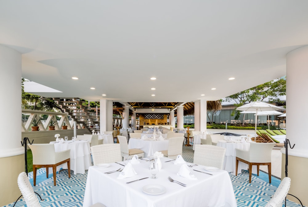Food Court, Villa Premiere Boutique Hotel & Romantic Getaway