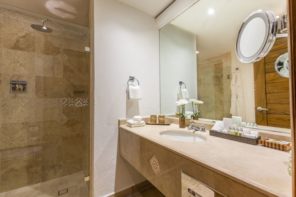 Bathroom, Villa Premiere Boutique Hotel & Romantic Getaway