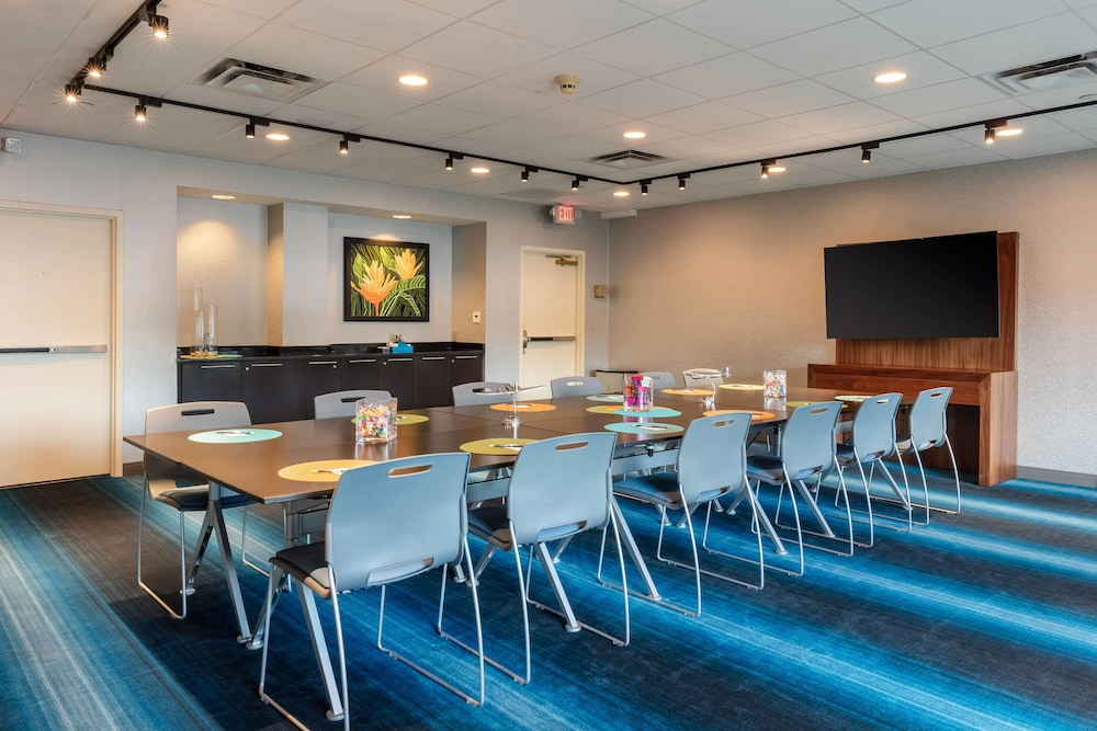 Meeting Facility, Aloft Columbia Harbison
