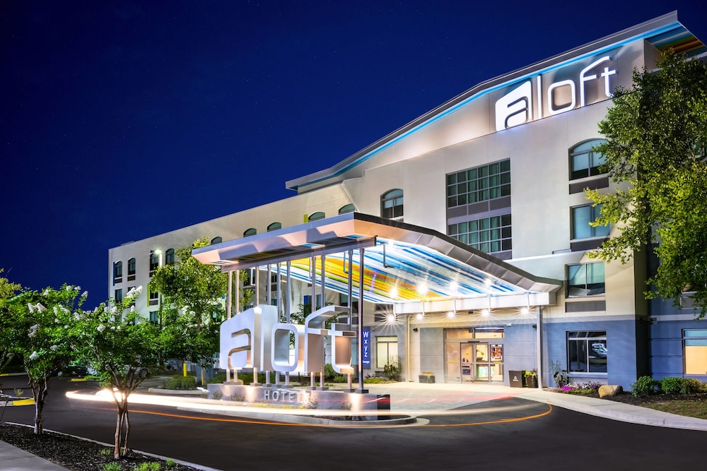 Featured Image, Aloft Columbia Harbison