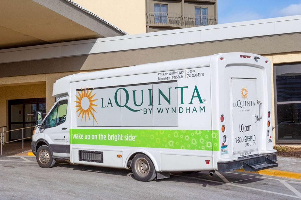 Property Amenity, La Quinta Inn & Suites by Wyndham Minneapolis Bloomington W