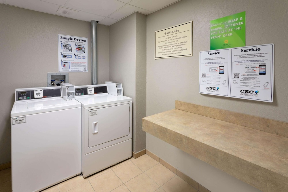 Laundry Room, La Quinta Inn & Suites by Wyndham Minneapolis Bloomington W