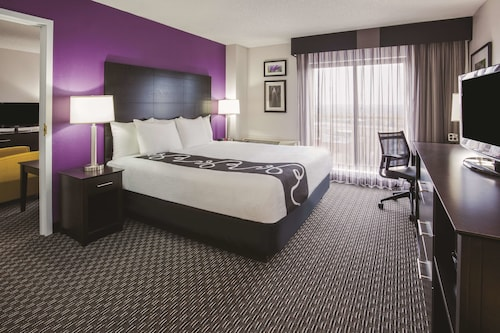 La Quinta Inn & Suites by Wyndham Minneapolis Bloomington W