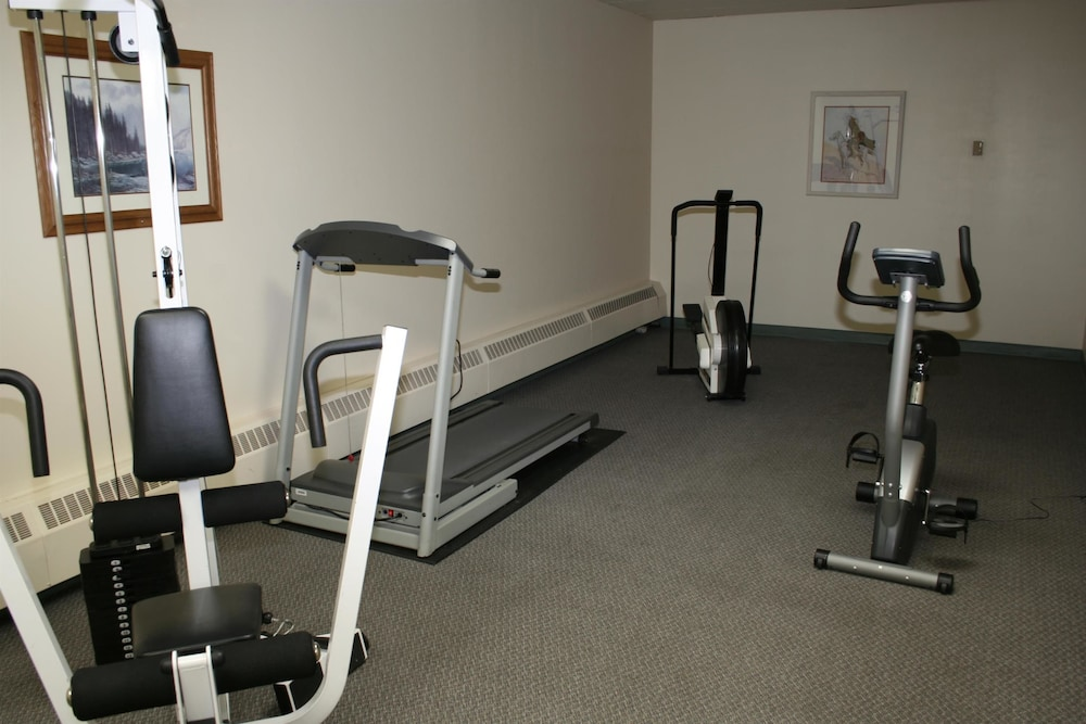 Fitness Facility, Baymont by Wyndham Medicine Hat
