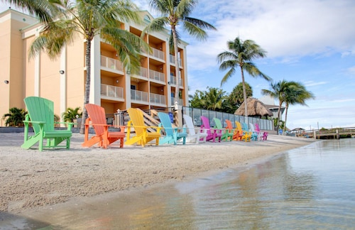 Great Place to stay Hutchinson Island Plaza Hotel and Suites near Fort Pierce