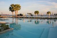 Crowne Plaza Limassol (12 of 57)