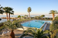 Crowne Plaza Limassol (27 of 57)