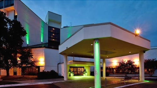 Front of Property - Evening/Night, Doubletree by Hilton Richmond-Midlothian