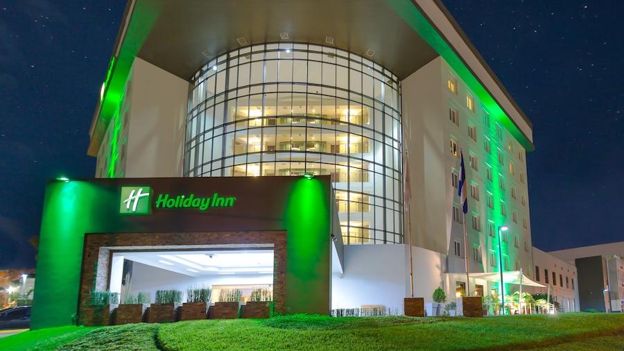 Holiday Inn San Salvador, an IHG Hotel