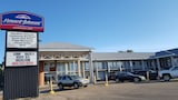 Howard Johnson Lethbridge - Lethbridge Hotels