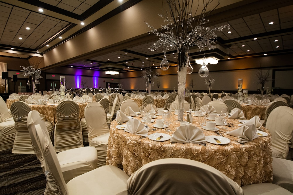 Banquet Hall, Edmonton Inn and Conference Centre