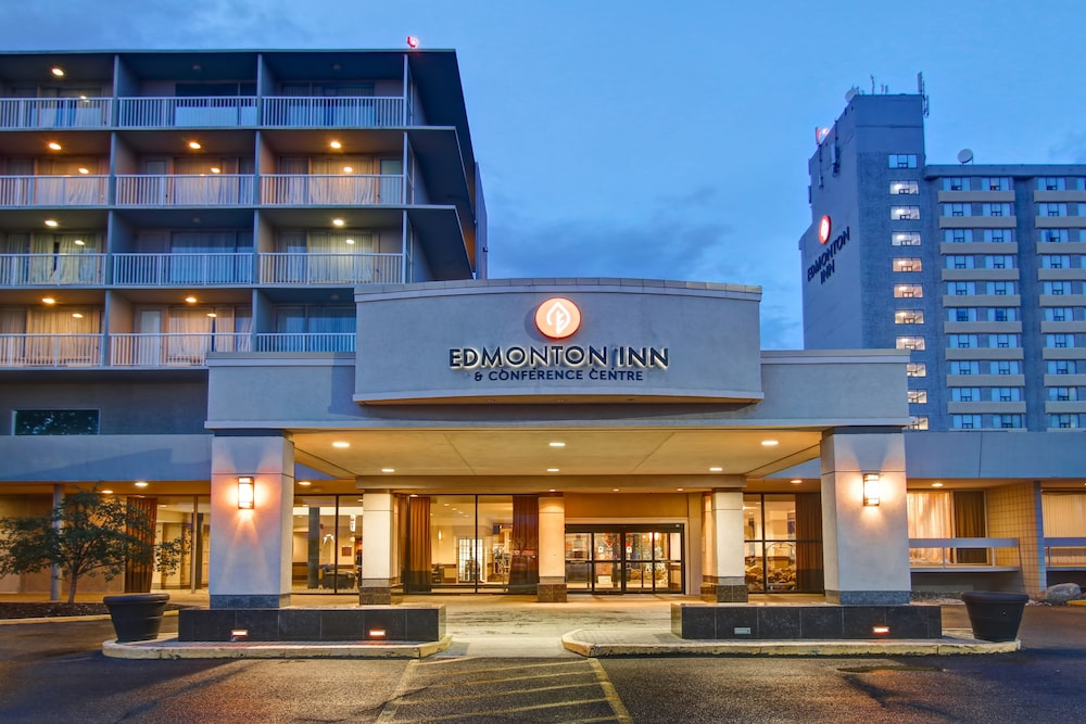 Property Entrance, Edmonton Inn and Conference Centre