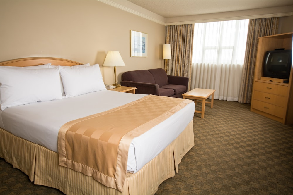 Room, Edmonton Inn and Conference Centre