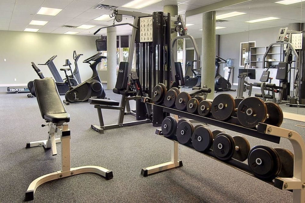 Gym, Edmonton Inn and Conference Centre