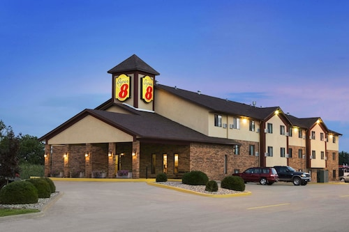Great Place to stay Super 8 by Wyndham Marion near Marion