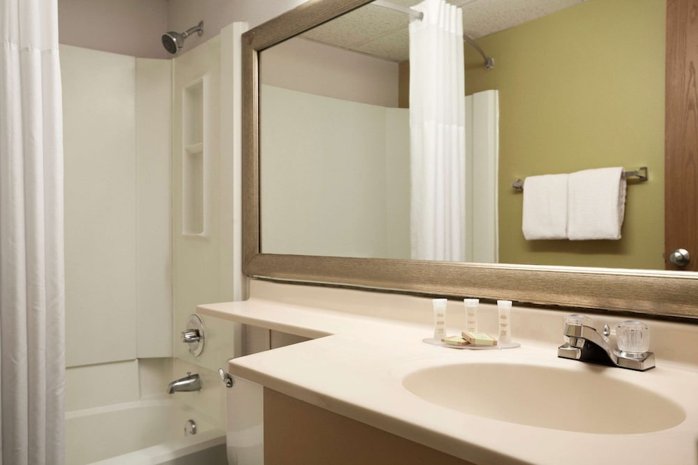Bathroom, Super 8 by Wyndham Westminster Denver North