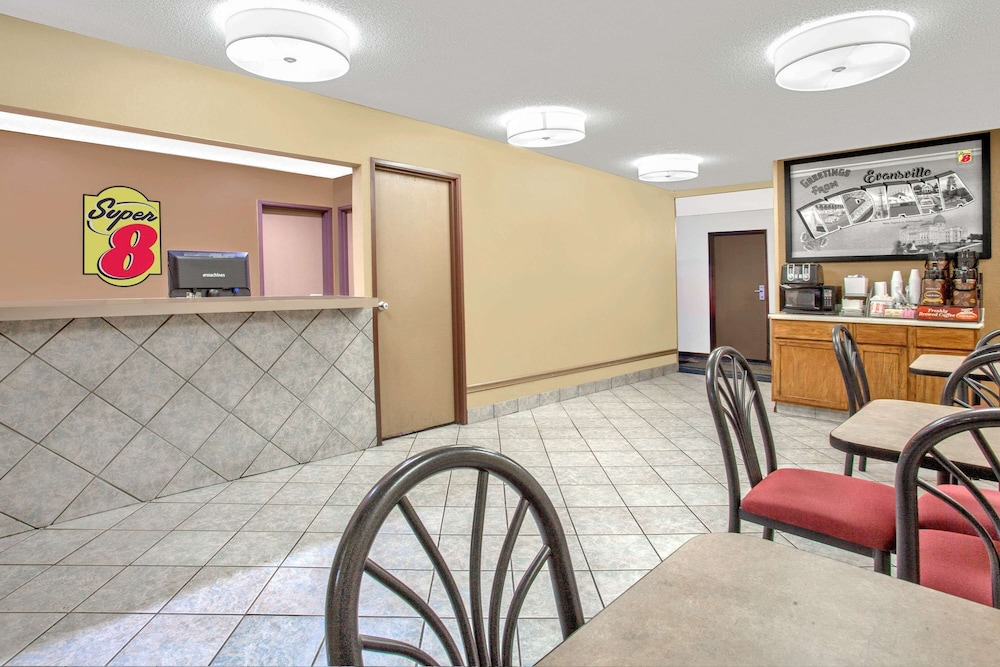 Reception, Super 8 by Wyndham Evansville East