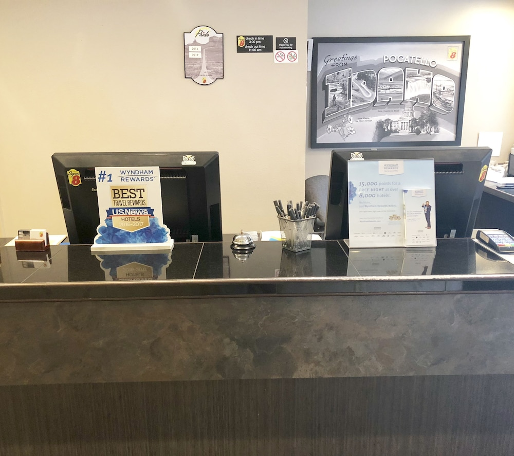 Super 8 By Wyndham Pocatello 2018 Room Prices From 62 Deals