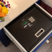 Cofre (no quarto)