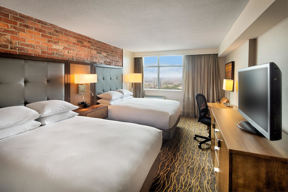 Doubletree By Hilton Toronto Airport 2018 Pictures Reviews Prices