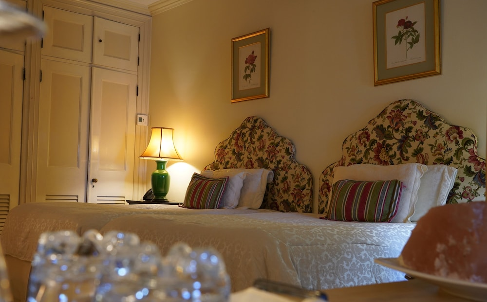 Room, Graycliff Hotel And Restaurant