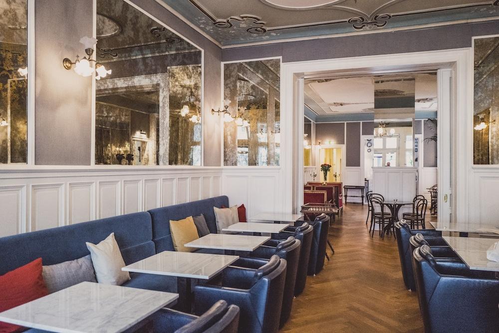 henri hotel berlin kurf rstendamm 2019 room prices 103 deals reviews expedia. Black Bedroom Furniture Sets. Home Design Ideas