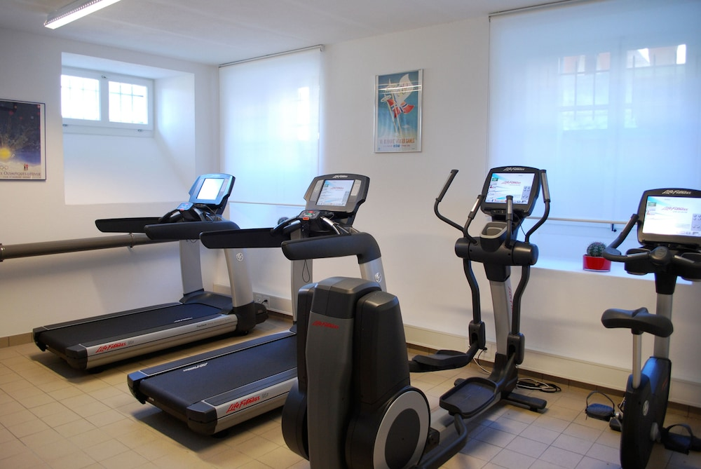 Fitness Facility, Hotel Angleterre And Residence