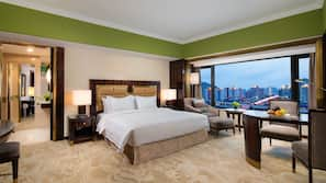 1 bedroom, down duvet, minibar, in-room safe