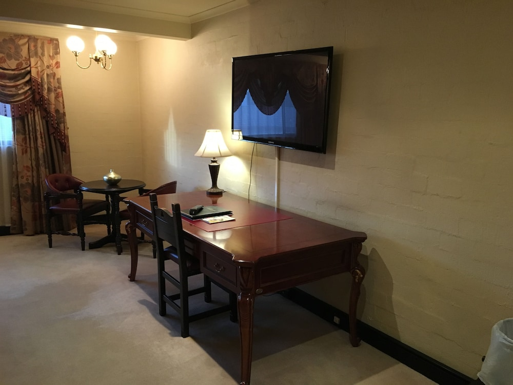 In-Room Business Center, Albury Manor House
