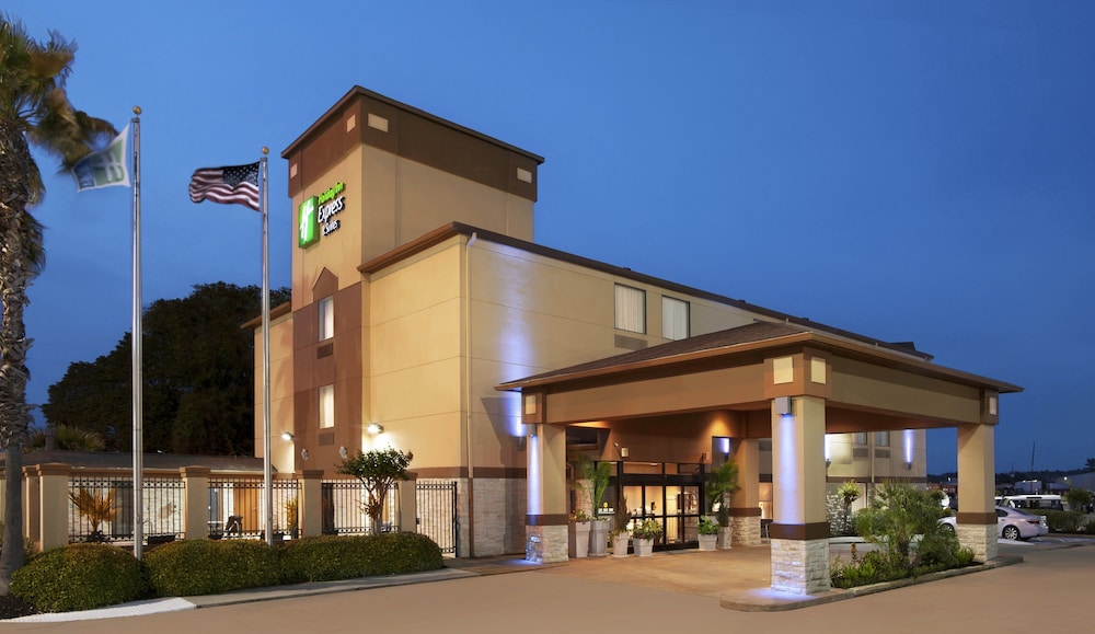 Exterior, Holiday Inn Express & Suites Houston North-Spring Area, an IHG Hotel