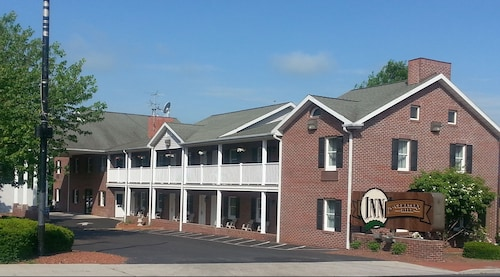 Inn at Cemetery Hill