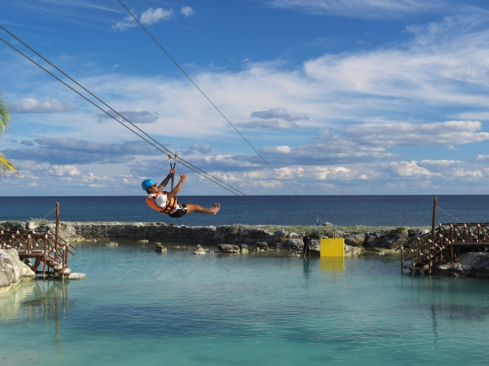 Ziplining, Hard Rock Hotel Riviera Maya - All Inclusive