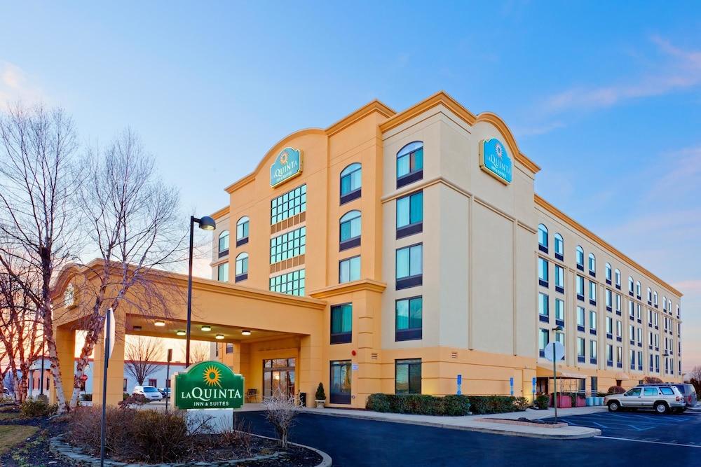 La Quinta Hotel Long Island Ny