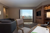 Executive Suite, 1 Bedroom, City View